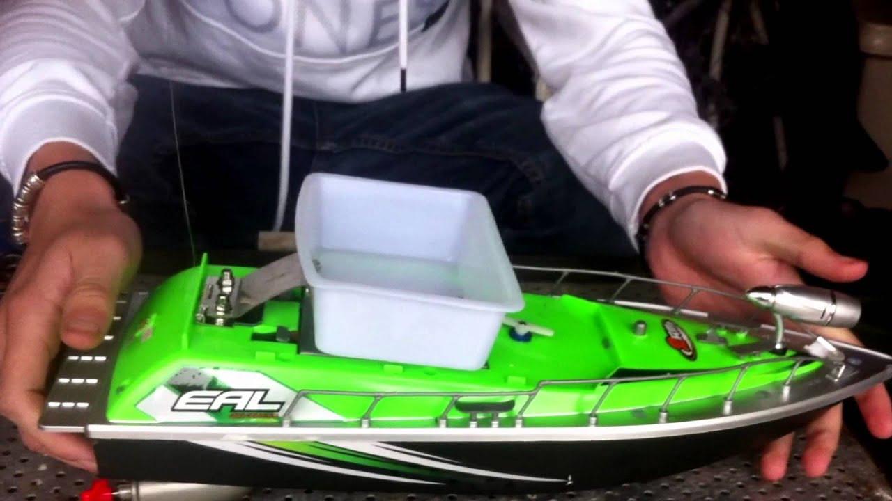 bateau amorceur