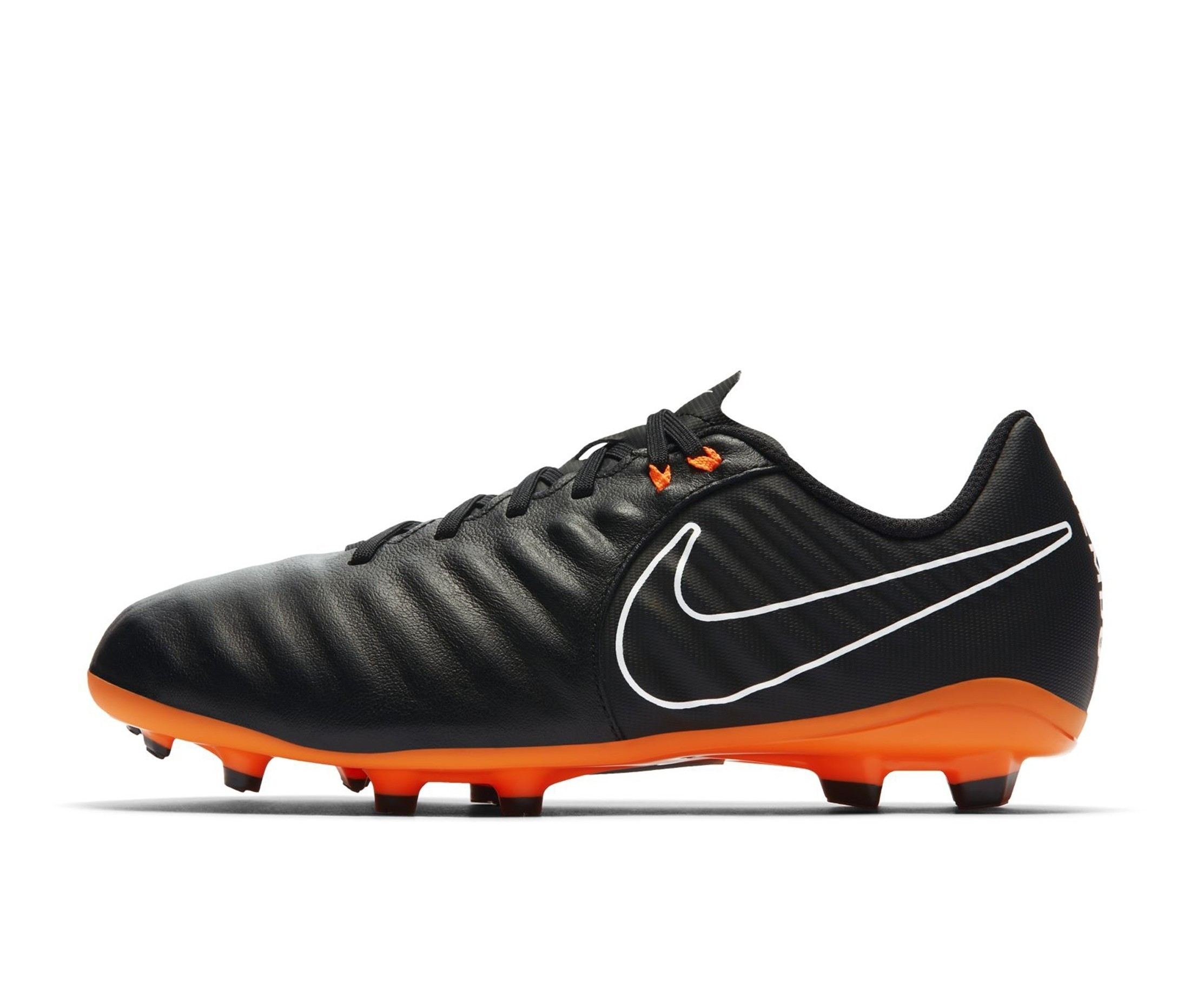 chaussure foot nike