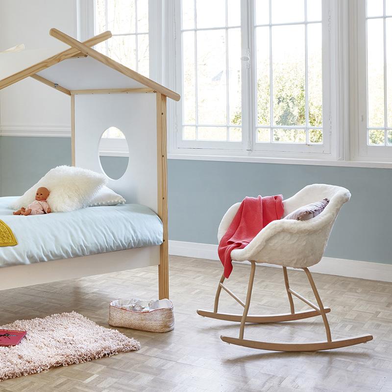 fauteuil à bascule chambre bébé