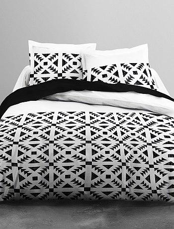 parure de lit noir et blanc