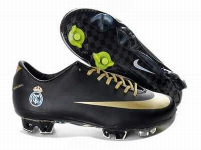 chaussure de foot taille 27