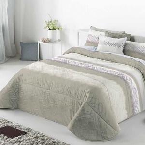 couvre lit beige
