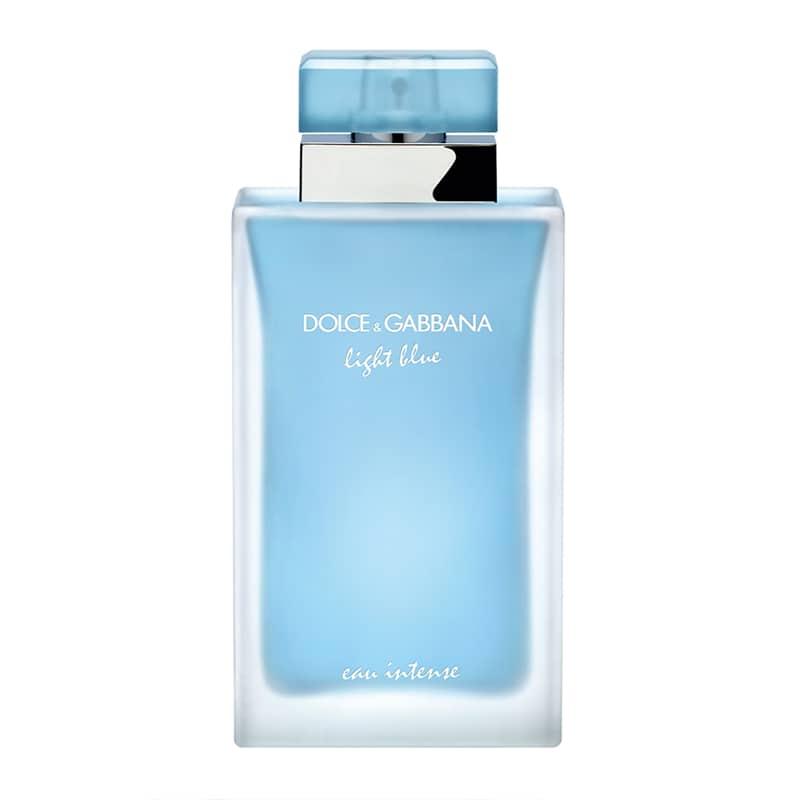 light blue femme