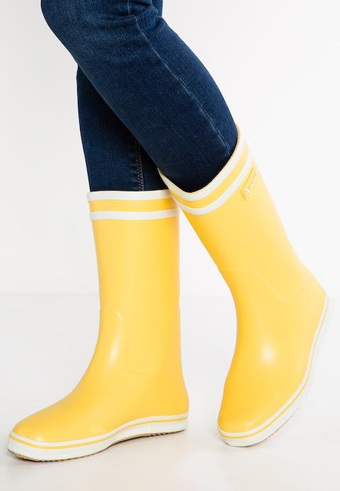 bottes jaunes