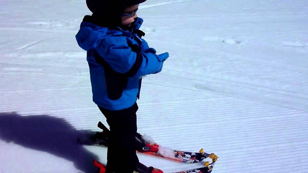 ski bébé 2 ans